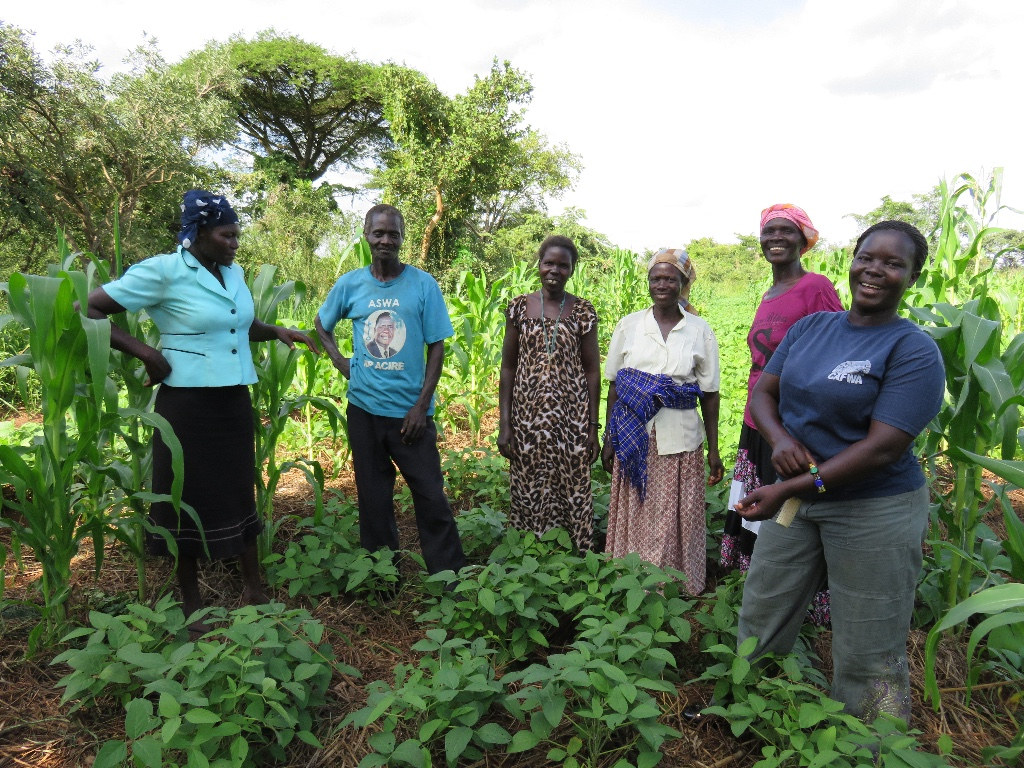 Our Program Officer, Pamela, with members of the group in the demonstration garden. We love having women in charge of our programs! Members get individual support from Pamela and her team twice a month.